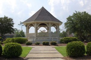 A gazebo in Brickyard Plantation, Mount Pleasant